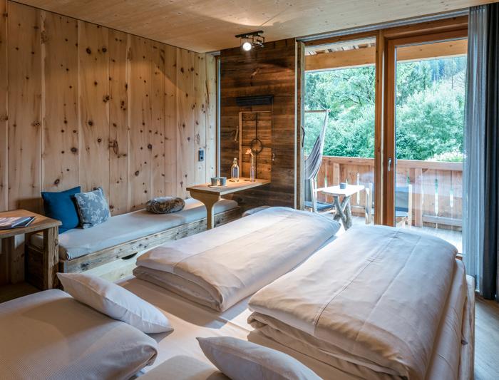 Klische Badezimmer | Kein Alpen Klischee Mama Thresl Aquaclean